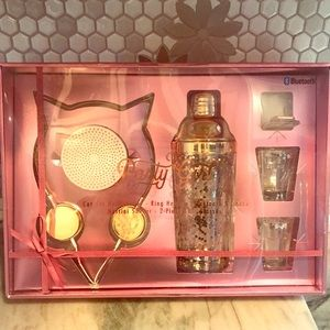 Gift set for the party girl